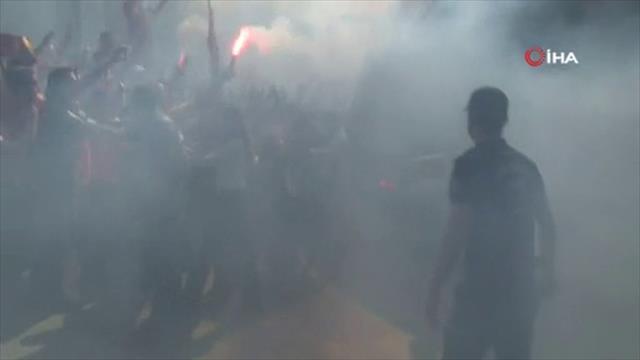 Galatasaray kafilesi yola çıktı