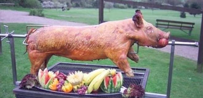 Yediğiniz her şeyde domuz var...