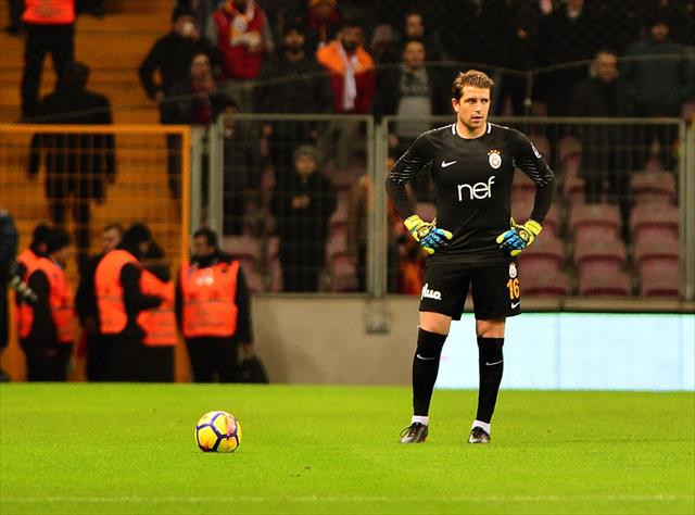 Carrasso, ligde ilk kez 11'de oynadı
