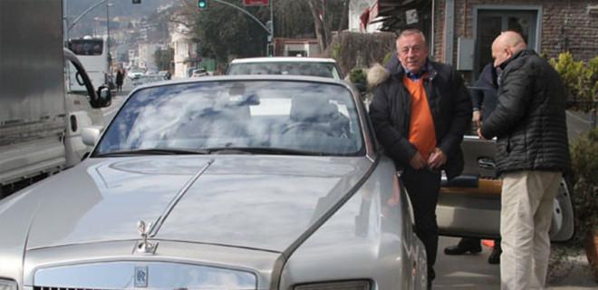 Ali Ağaoğlu'nun parası cebine sığmadı