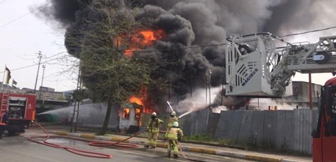 İstanbul'daki fabrikada korkutan yangın