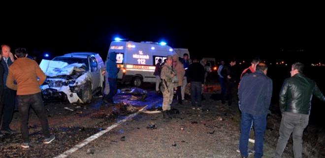 Ağrı'da katliam gibi kaza: 4 ölü
