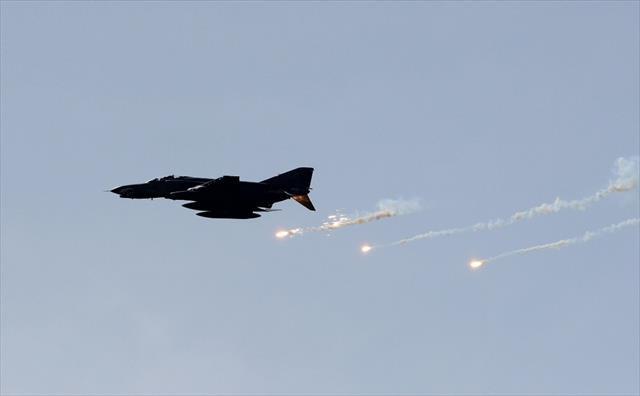 Esed rejimi Yermük kampını bombaladı: 9 ölü