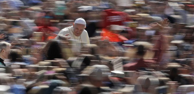 Papa'dan İsrail'in Gazze'deki katliamına tepki