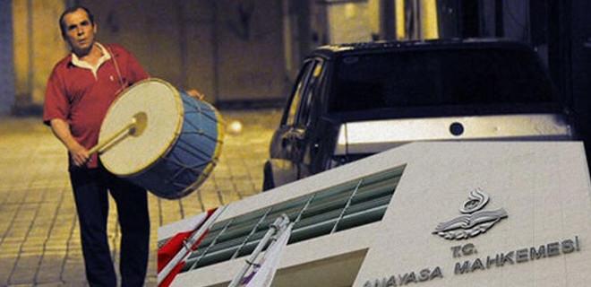 AYM'den 'ramazan davulu' kararı!