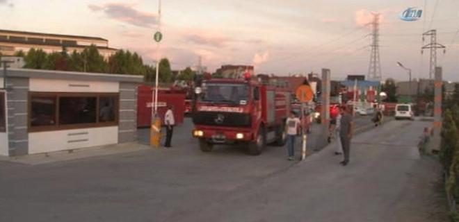 Tuzla'da katı atık merkezinde yangın!