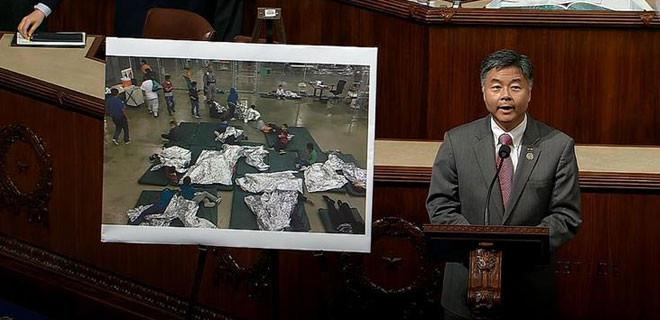 ABD meclisinde ortalık karıştı!