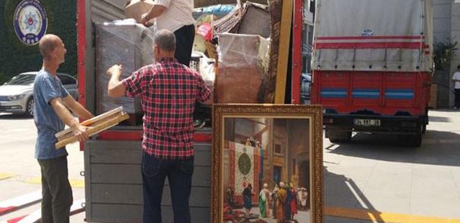 Adnan Oktar'ın evinden tarihi eserler çıktı!