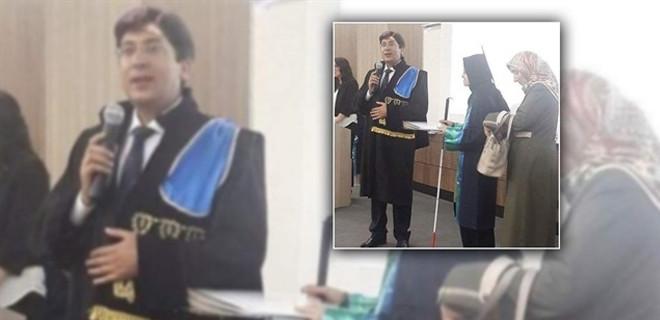 Genç kız hukuk fakültesinden annesinin desteğiyle mezun oldu