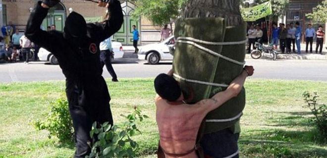İran'da içki içen genci 10 yıl sonra bulup kırbaçladılar!