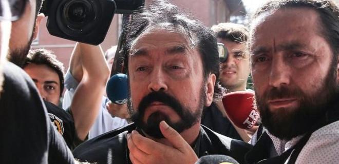 Adnan Oktar soruşturmasında iğrenç detaylar: 15 kız çocuğuna cinsel saldırı iddiası