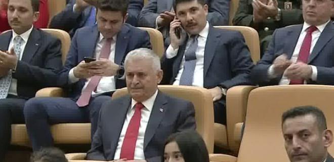 Erdoğan'ın sözleri Binali Yıldırım'ı ağlattı