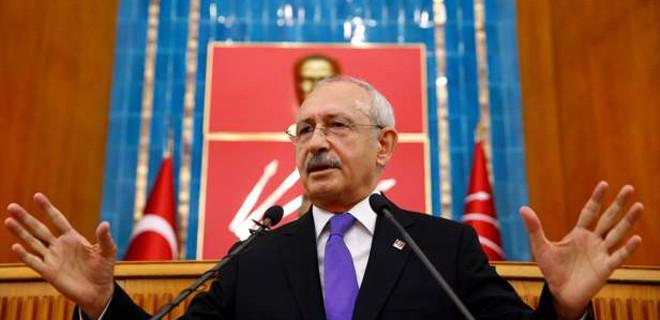 Kılıçdaroğlu skandal pankarta sahip çıktı