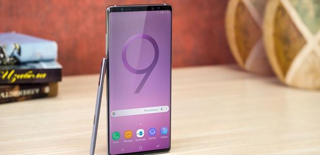 Samsung tanıtamadan piyasaya sürdüler