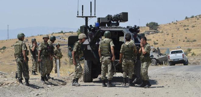 Hakkari'de PKK'ya darbe üstüne darbe