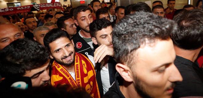 Galatasaray'ın yeni yıldızı İstanbul'da