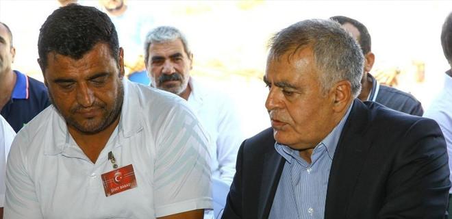 HDP kurucusu istifa etti...