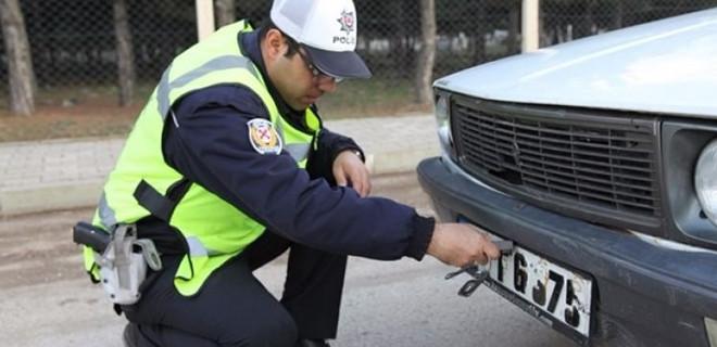 Araç sahipleri dikkat! 488 TL cezası var...