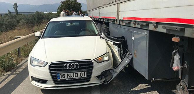 Kemal Kılıçdaroğlu'nun korumaları Bursa'da kaza yaptı