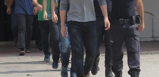 İstanbul'da FETÖ operasyonunda 21 kişi gözaltına alındı!