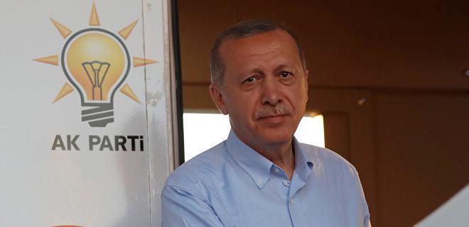 Erdoğan ODTÜ'lüleri çaya davet etti…