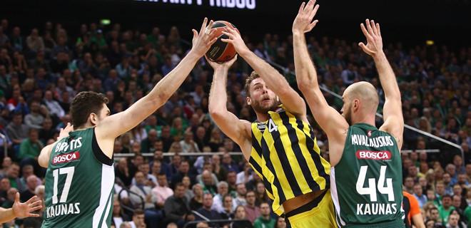 Fenerbahçe üçte üç yaptı...
