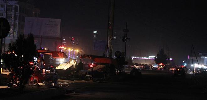 Kabil'de mevlit töreninde intihar saldırısı