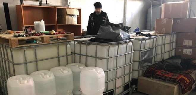 Silivri'de sahte içki operasyonu