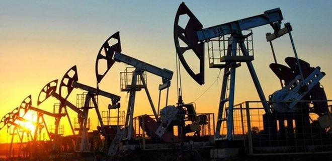 Reuters: OPEC günlük petrol üretimini 800 bin varil kısma kararı aldı
