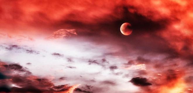 Kıyamet alameti olduğuna inanılan ay tutulması!