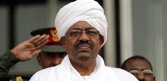 Sudan'da hükümet feshedildi!