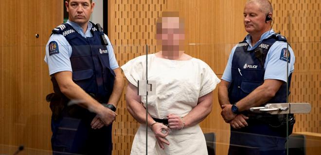 Yeni Zelanda'da iki camiye saldıran terörist gözaltında tutulacak
