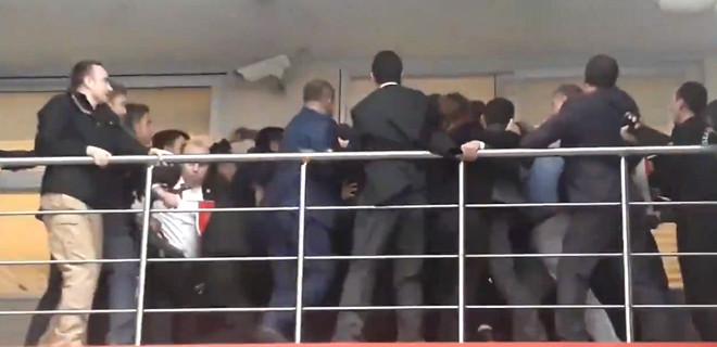 İstanbul İl Seçim Kurulu'nda arbede