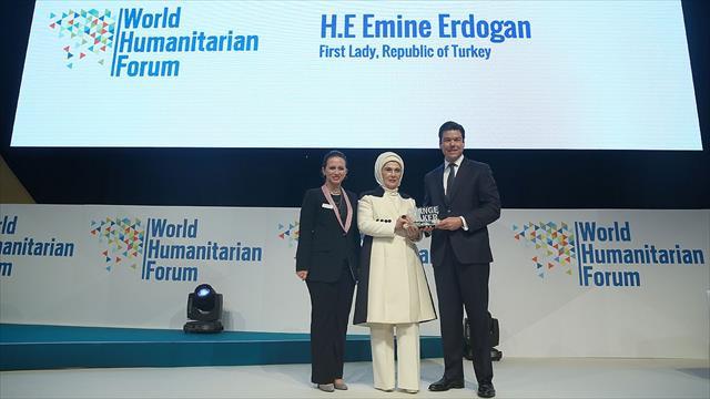 Emine Erdoğan'a Dünya İnsaniyet Forumu'ndan 'Fark Yaratan' ödülü