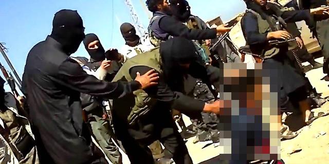 O rehine IŞİD'i ikiye böldü