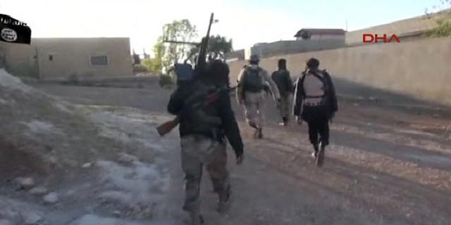 IŞİD militanları Kobani sokaklarında