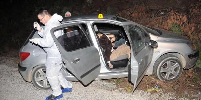 Araba içinde çifte infaz