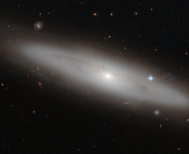 Güneş sisteminin minyatür versiyonu keşfedildi