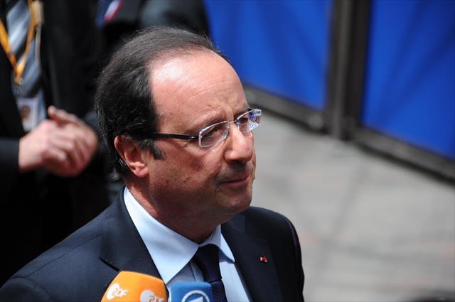 Hollande 24 Nisan'da Ermenistan'a gidecek