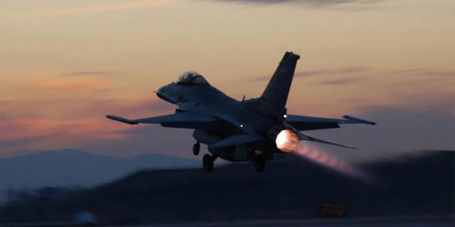 Türk jetleri alarma geçti