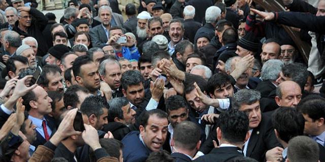 Ahmedinejad izdihamı!