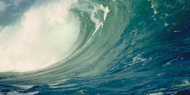 Büyük panik! Tsunami ve deprem bekleniyor