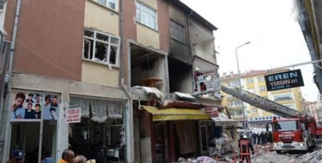Başkent'te doğalgaz patlaması!