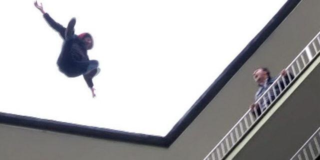 10. kattan böyle atladı