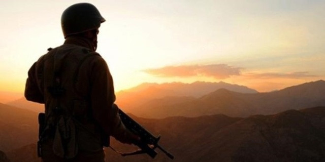 Kışlada cinnet: 2 asker ağır yaralı