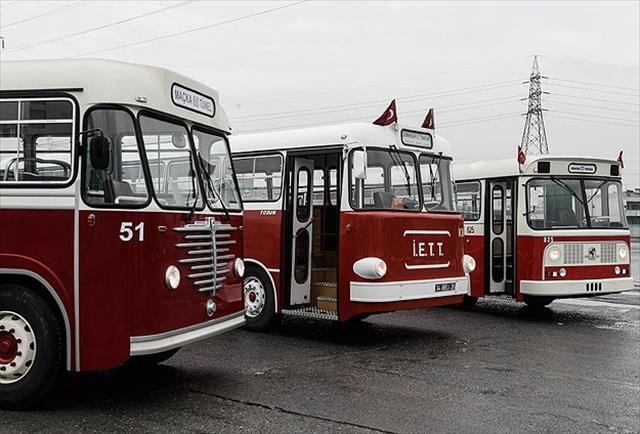 İETT'nin nostaljik otobüsleri seferde