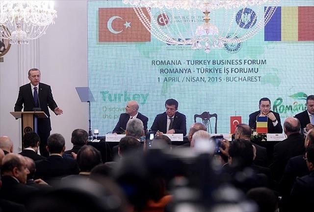'400 bin yabancı Türkiye'yi seçiyor'