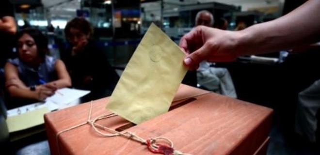 AK Parti o ülkede oyları sildi süpürdü