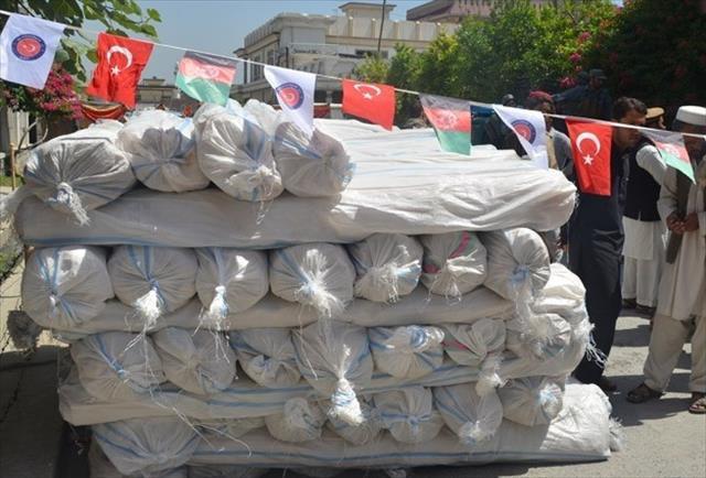 TİKA'dan Afganistan'daki 200 aileye çadır