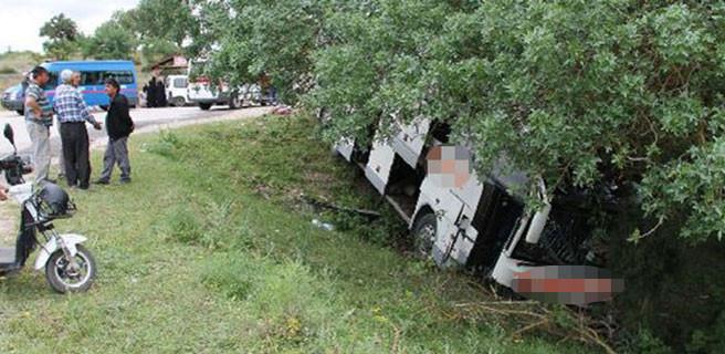 Şöför yardım için durdu, otobüs uçtu